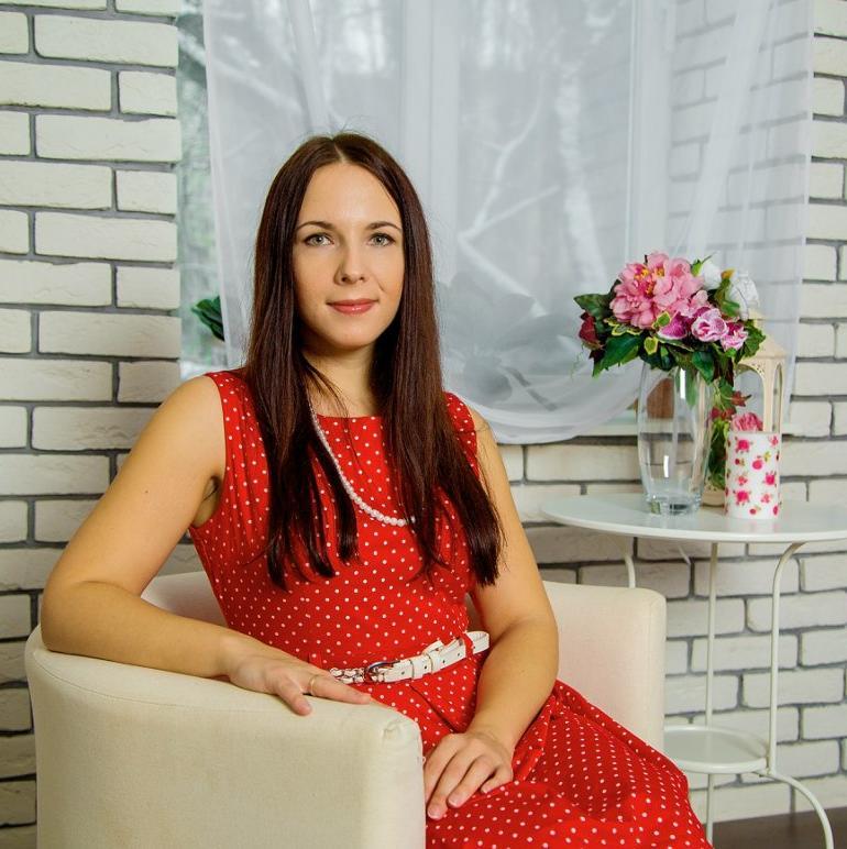 Александра Пешкова
